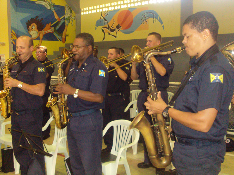 Banda da Guarda de Barueri se apresenta em cerimônia da PM
